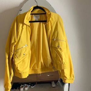 Yellow wind breaker jacket